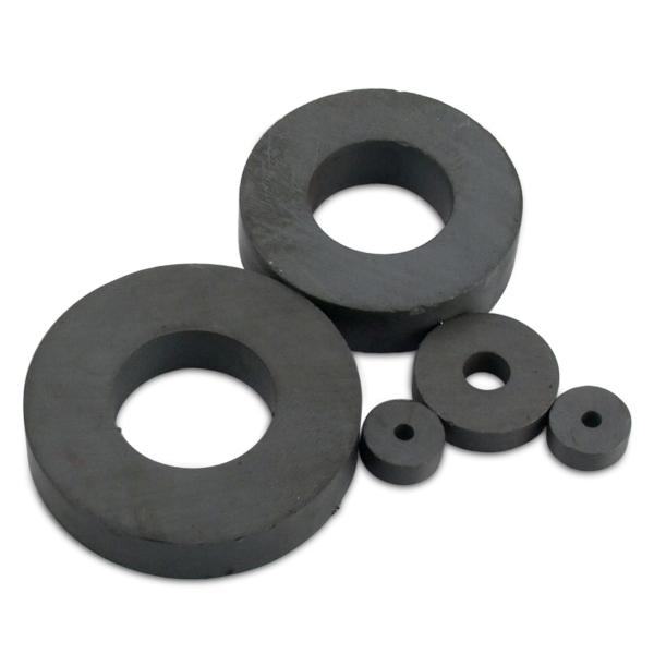 Ringmagnet Ø 100,0 x 60,0 x 20,0 mm Y35 Ferrit hält 16 kg